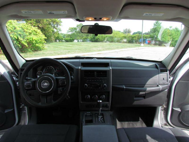 2012 JEEP LIBERTY SPORT in Akron