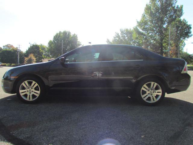 2006 FORD FUSION SEL in Akron