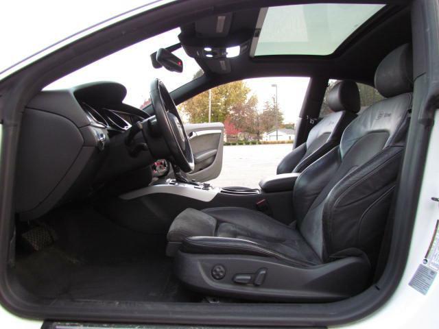 2009 AUDI A5 QUATTRO in Akron