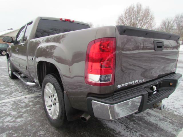 2008 GMC SIERRA SLE 4X4 1500 EXT CAB in Akron