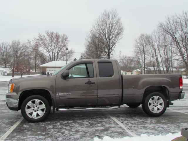 2008 GMC SIERRA SLE 4X4 1500 EXT CAB for sale at Akron Motorcars