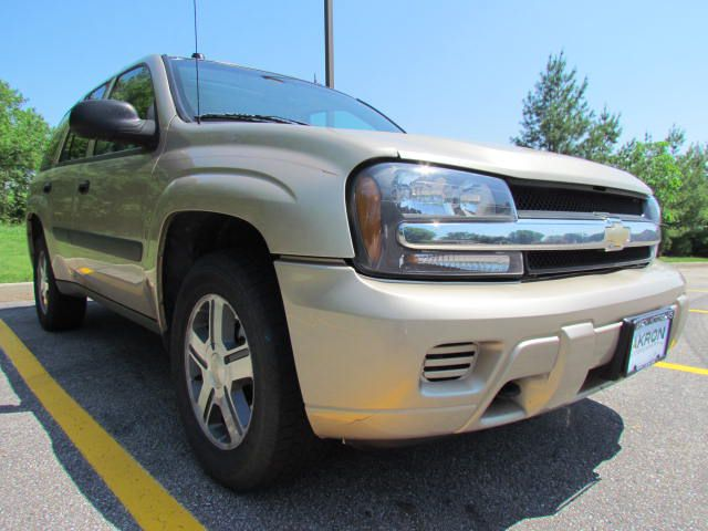 2005-CHEVROLET-TRAILBLAZER-LS-FOR-SALE-Akron-Ohio for sale at Akron Motorcars