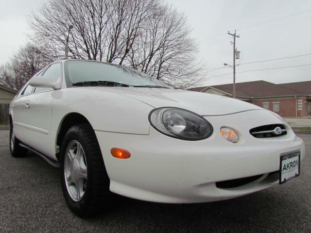 1999 FORD TAURUS SE for sale in Akron, Ohio