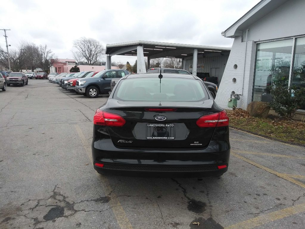 2015 FORD FOCUS SE in Amherst