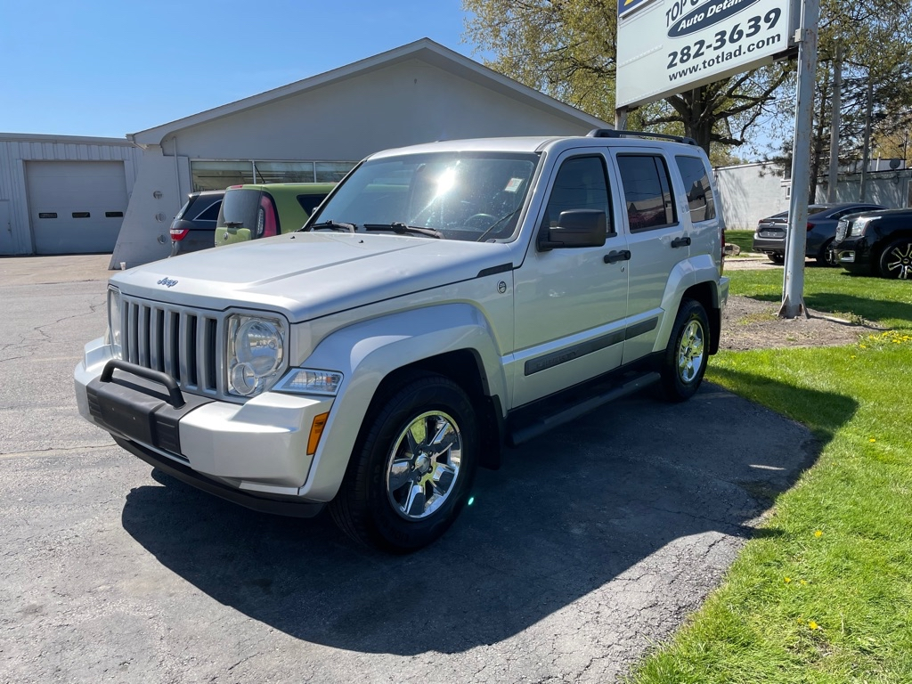2011 JEEP LIBERTY SPORT in Amherst