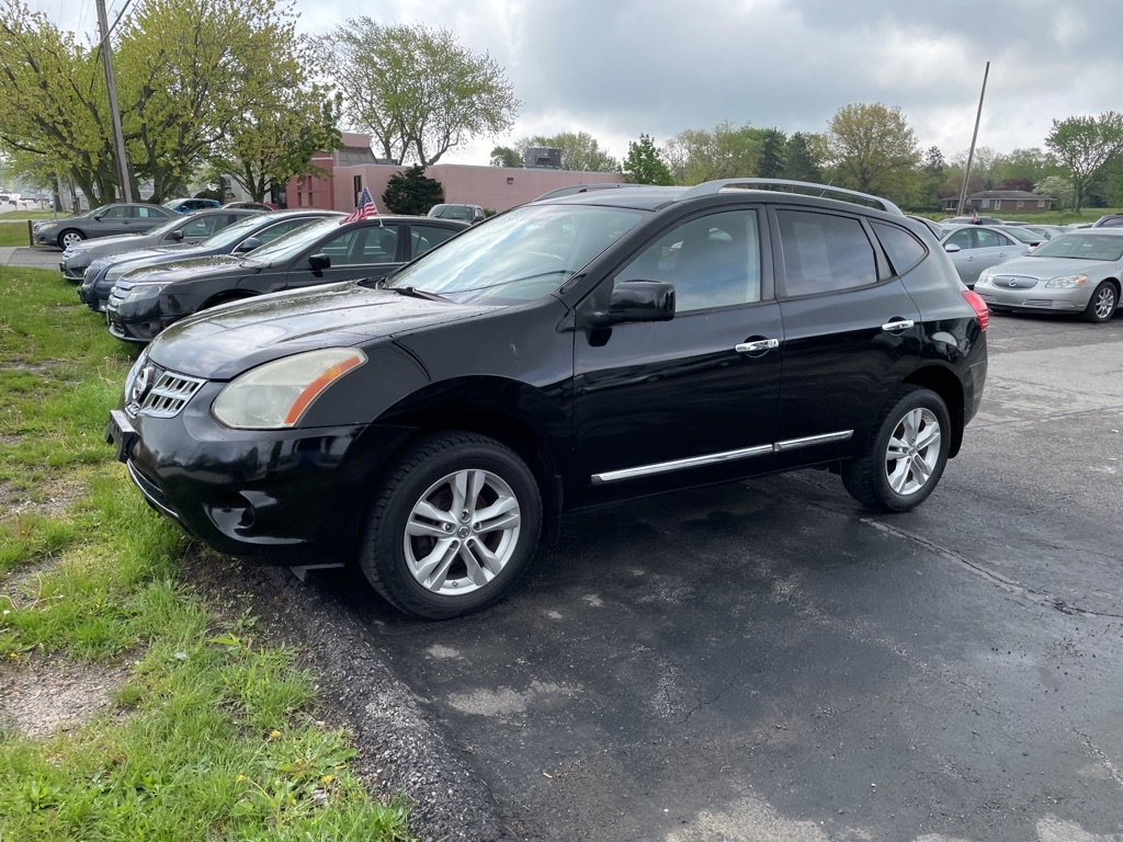 2012 NISSAN ROGUE S in Amherst