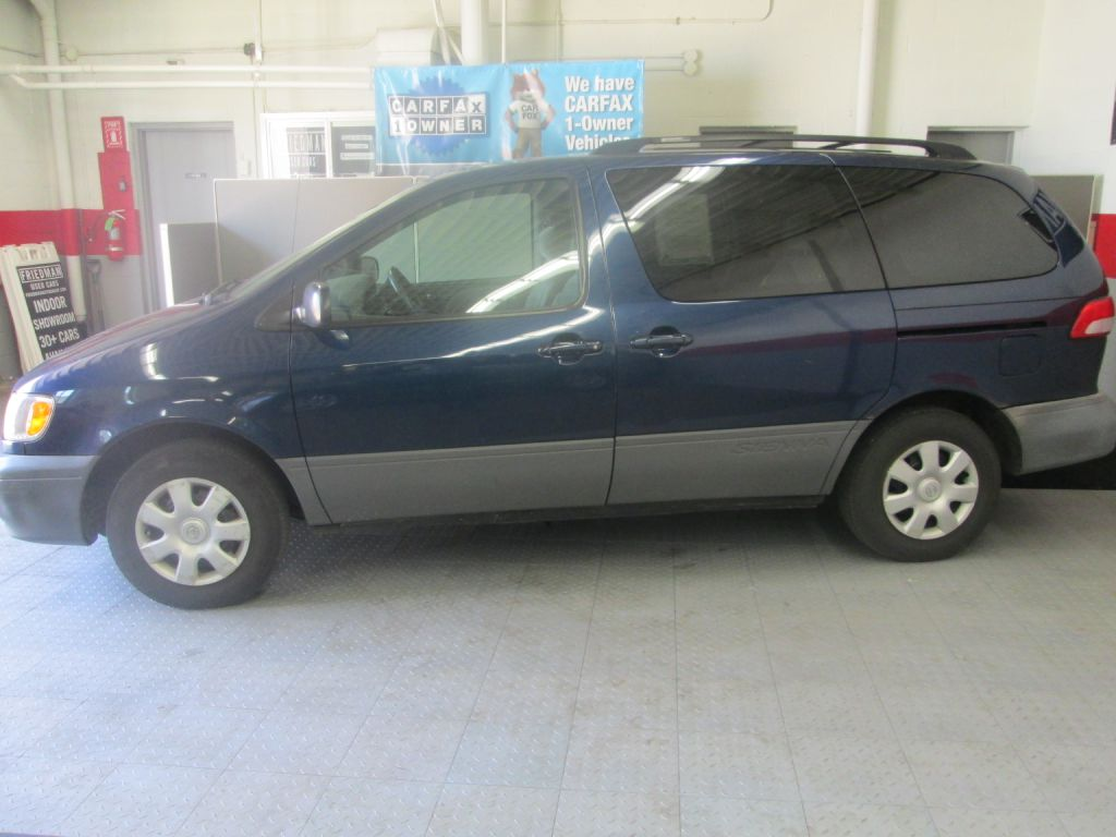 2002 TOYOTA SIENNA LE for sale at Friedman Used Cars