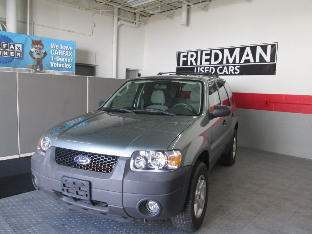2005 FORD ESCAPE XLT for sale at Friedman Used Cars