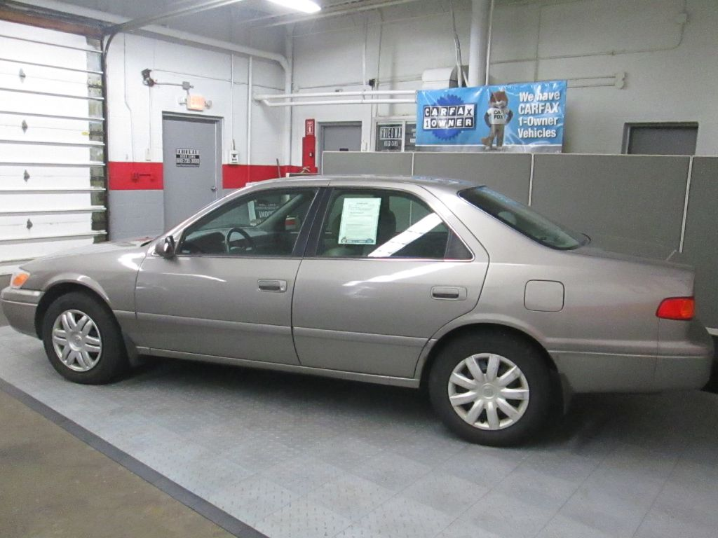 2000 TOYOTA CAMRY LE for sale at Friedman Used Cars