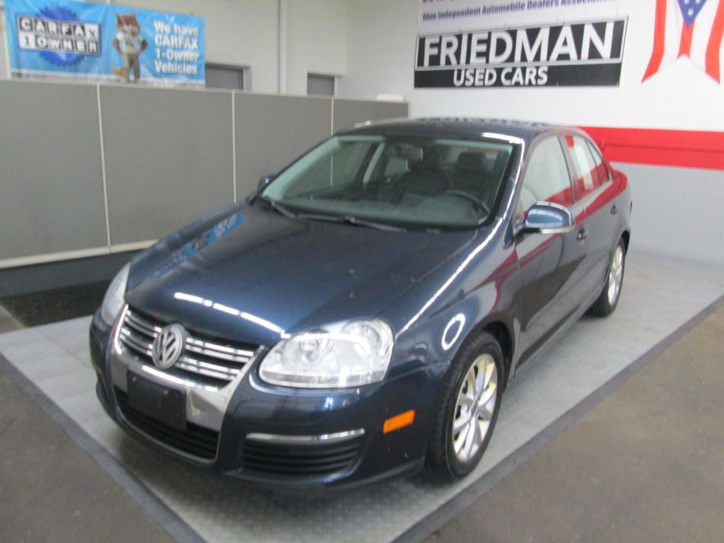 2010 VOLKSWAGEN JETTA LIMITED for sale at Friedman Used Cars