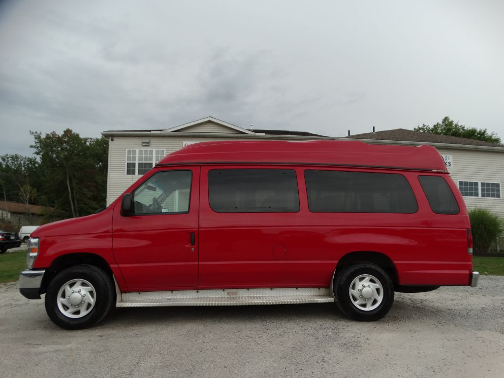 2008 FORD ECONOLINE E350 SUPER DUTY WAGON