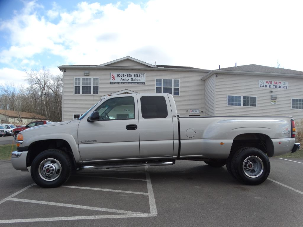 2004 GMC NEW SIERRA 3500