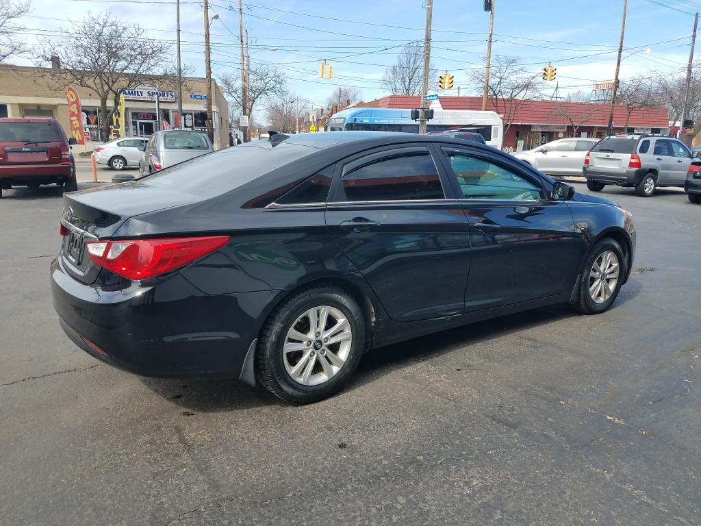 2012 HYUNDAI SONATA *NO CREDIT SCORE REQUIRED* for sale at GO! Auto Store