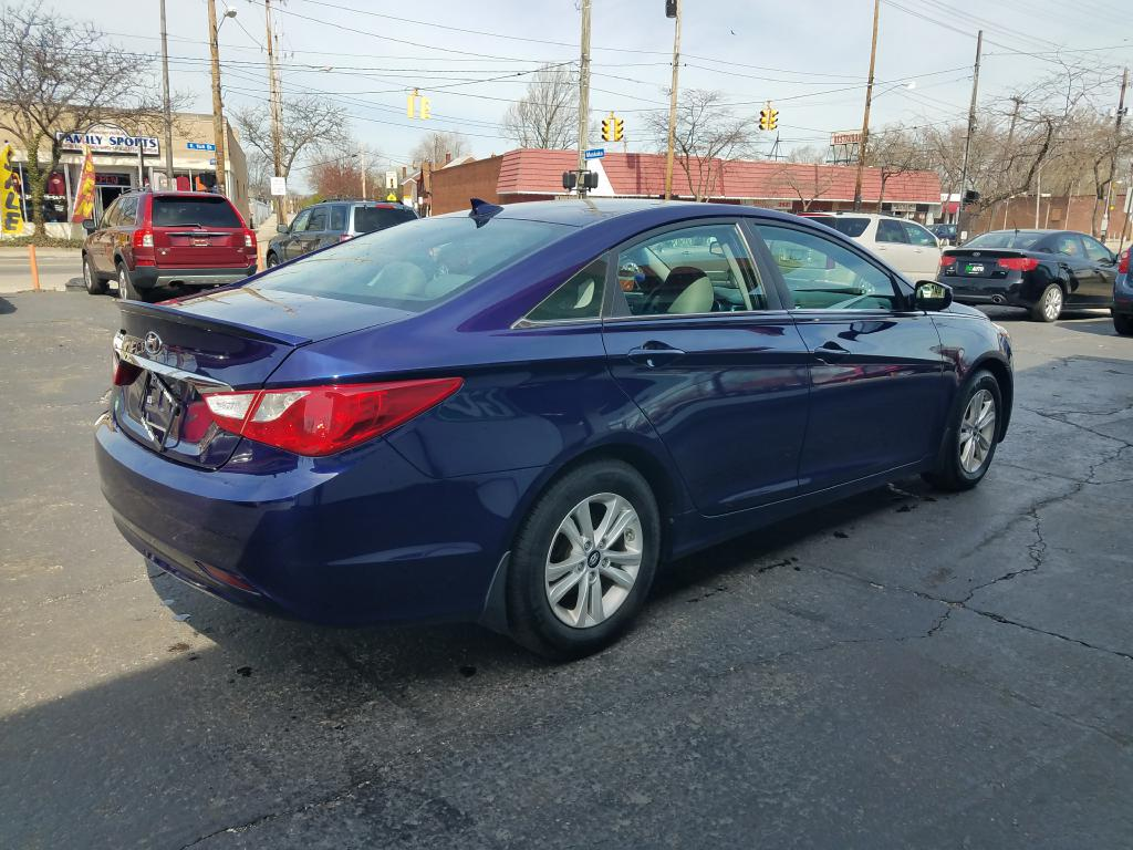 2013 HYUNDAI SONATA GLS for sale at GO! Auto Store