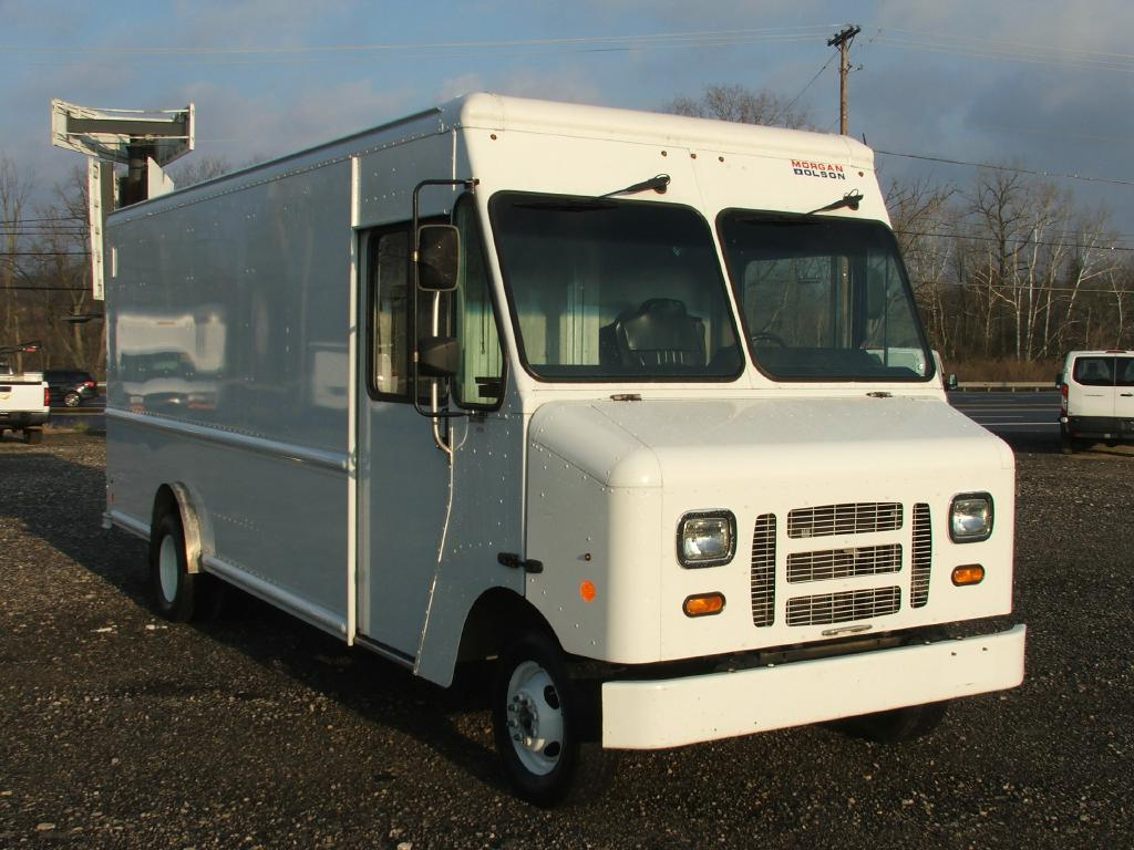 2013 FORD ECONOLINE E350 SUPER DUTY STRIPPED CHASS
