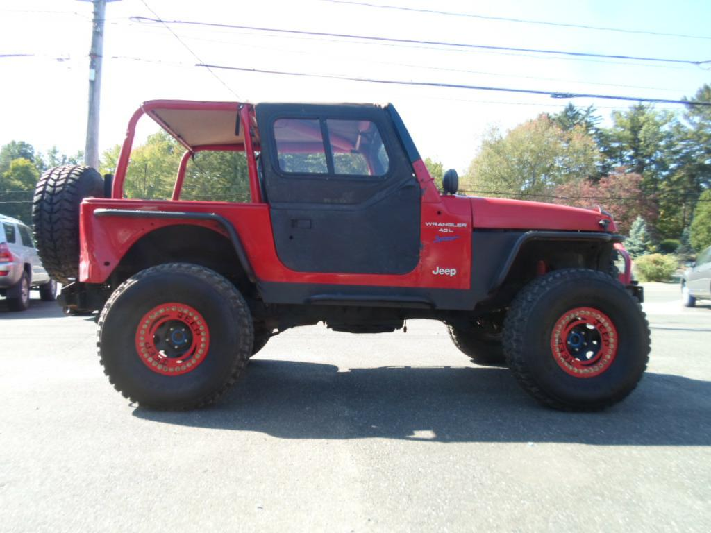 1992 JEEP WRANGLER / YJ S for sale at Stark Auto Sales