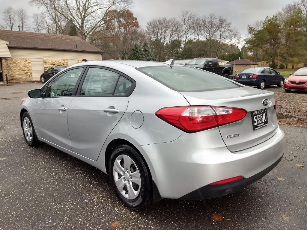 2015 KIA FORTE LX for sale at Stark Auto Sales