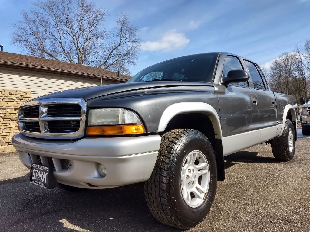 2004 DODGE DAKOTA QUAD SLT for sale at Stark Auto Sales
