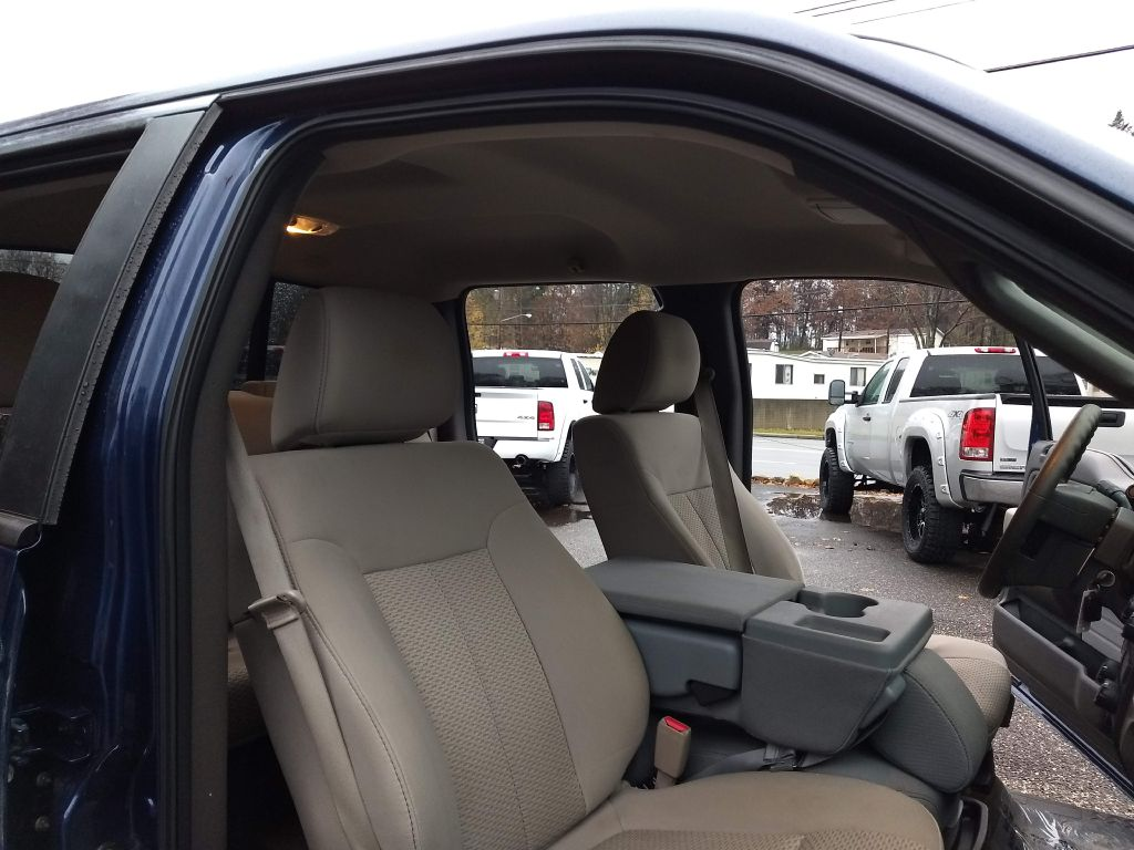 2010 FORD F150 SUPERCREW for sale at Stark Auto Sales