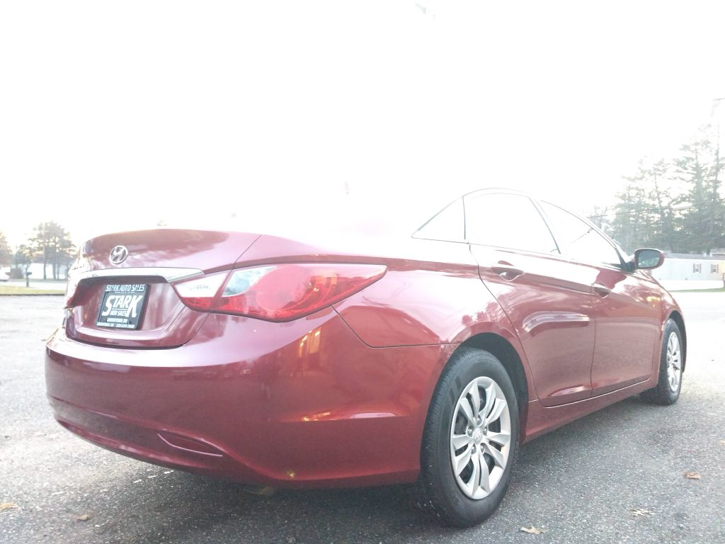 2011 HYUNDAI SONATA GLS for sale at Stark Auto Sales