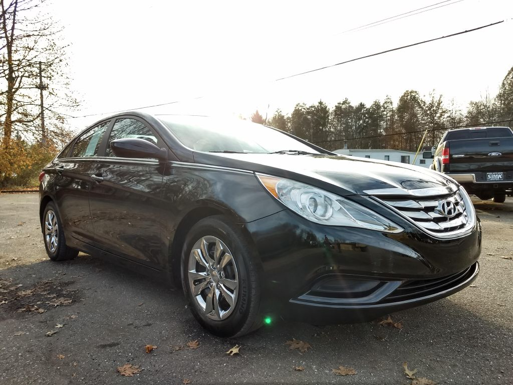 2012 HYUNDAI SONATA GLS for sale at Stark Auto Sales