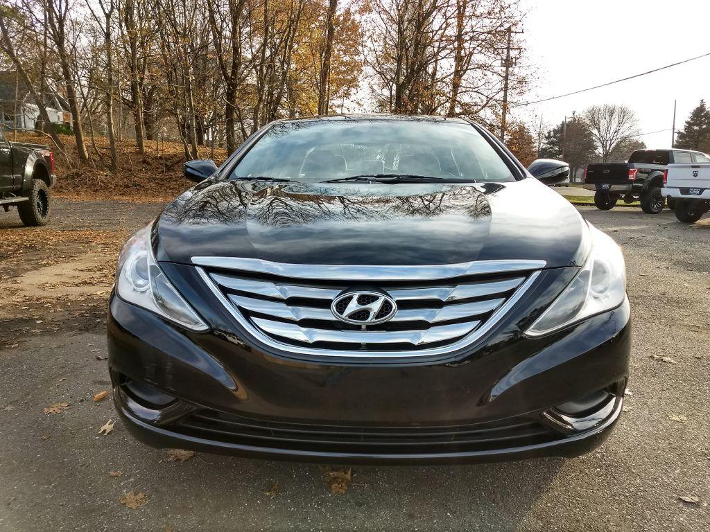2012 HYUNDAI SONATA GLS for sale at Stark Auto Sales