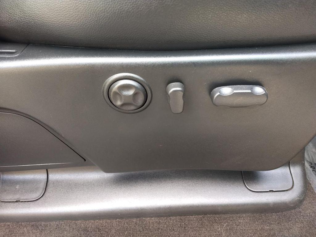 2008 GMC SIERRA 2500 HEAVY DUTY for sale at Stark Auto Sales