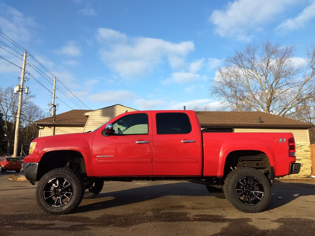 2013 GMC SIERRA 1500 SLE for sale at Stark Auto Sales