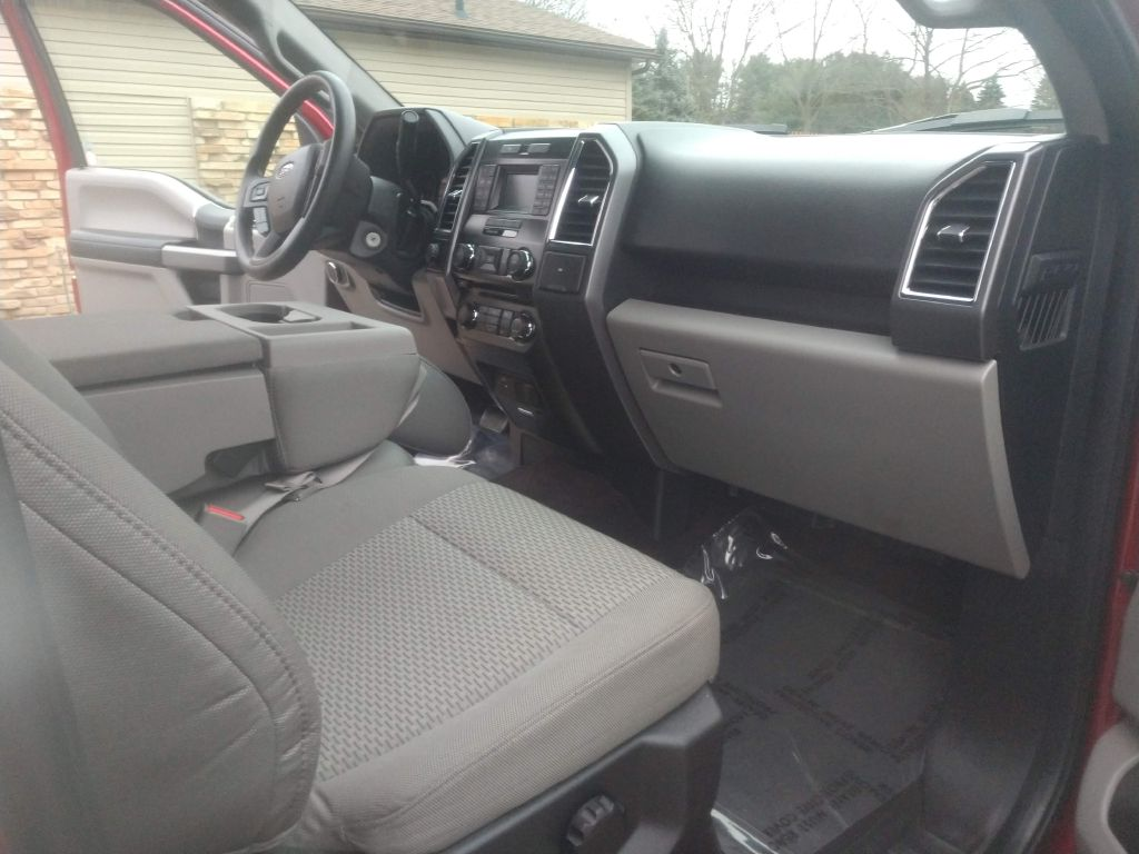 2016 FORD F150 SUPERCREW for sale at Stark Auto Sales