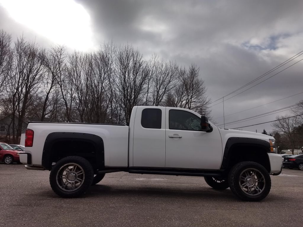2009 CHEVROLET SILVERADO 1500  LT for sale at Stark Auto Sales