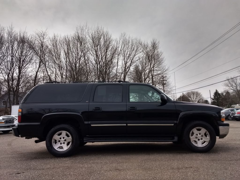 2004 CHEVROLET SUBURBAN 1500 for sale at Stark Auto Sales