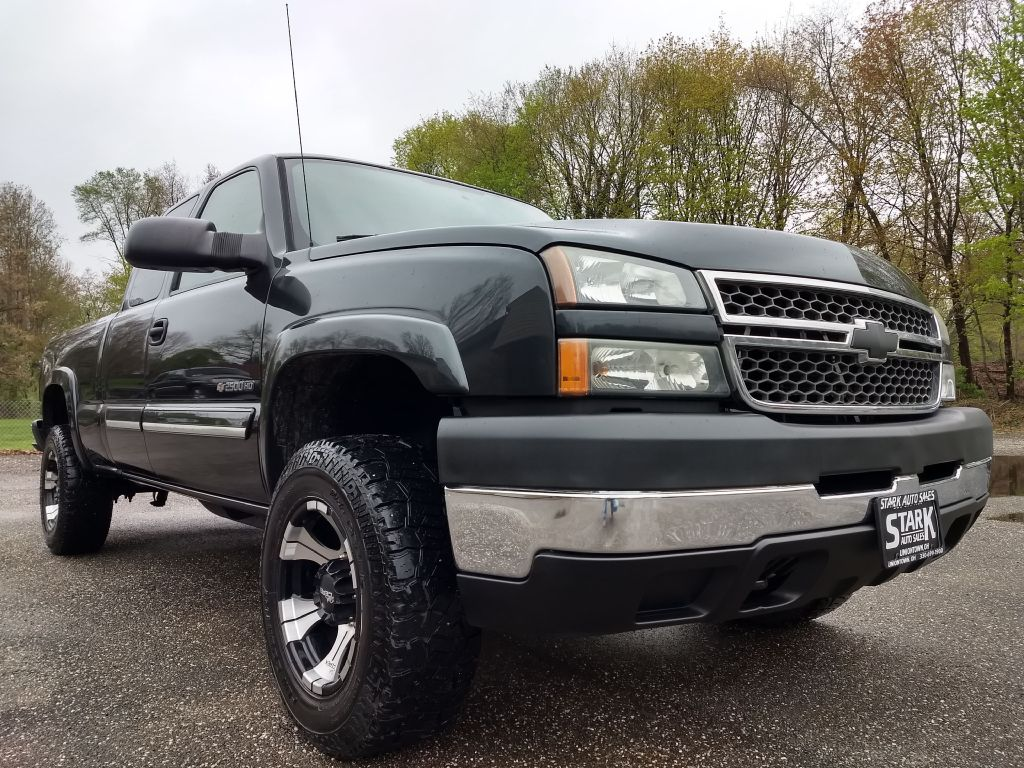 2005 CHEVROLET SILVERADO 2500 HEAVY DUTY for sale at Stark Auto Sales