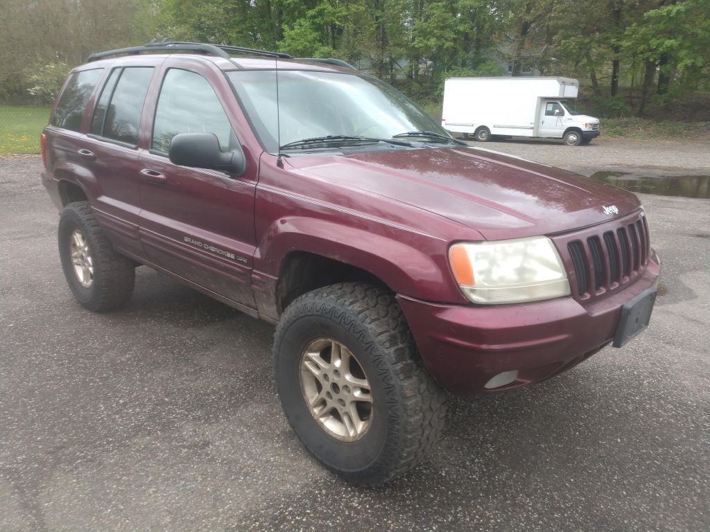 2000 JEEP GRAND CHEROKEE LIMITED for sale at Stark Auto Sales