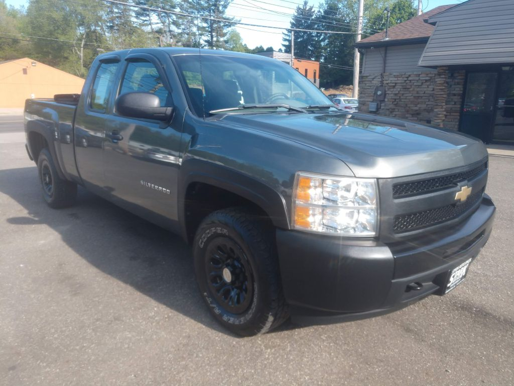 2011 CHEVROLET SILVERADO 1500  for sale at Stark Auto Sales