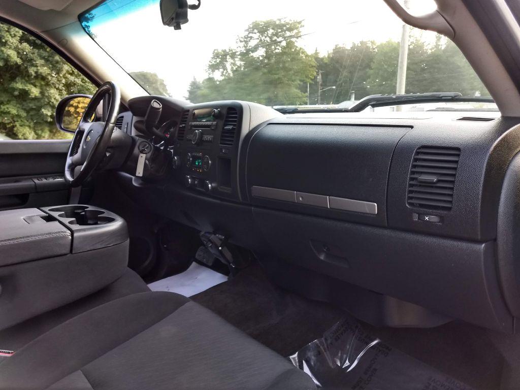 2011 CHEVROLET SILVERADO 1500 LT for sale at Stark Auto Sales