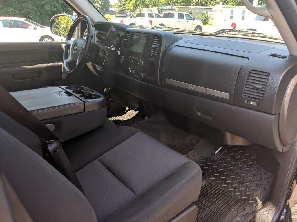 2010 CHEVROLET SILVERADO 1500 LT for sale at Stark Auto Sales