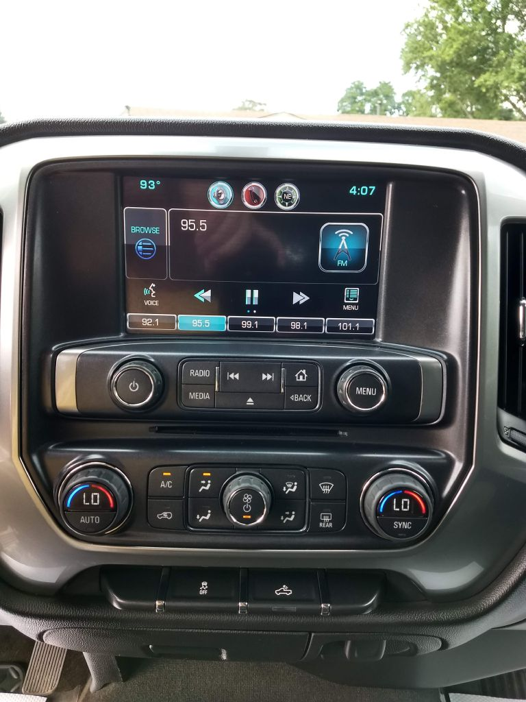 2015 CHEVROLET SILVERADO 1500 LT for sale at Stark Auto Sales