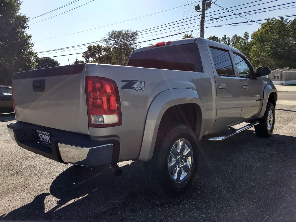 2009 GMC SIERRA 1500 SLT for sale at Stark Auto Sales