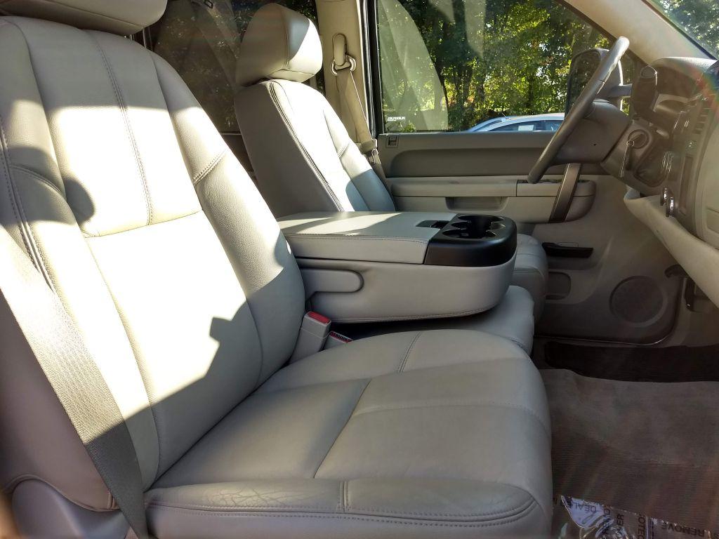 2013 CHEVROLET SILVERADO 1500 LT for sale at Stark Auto Sales