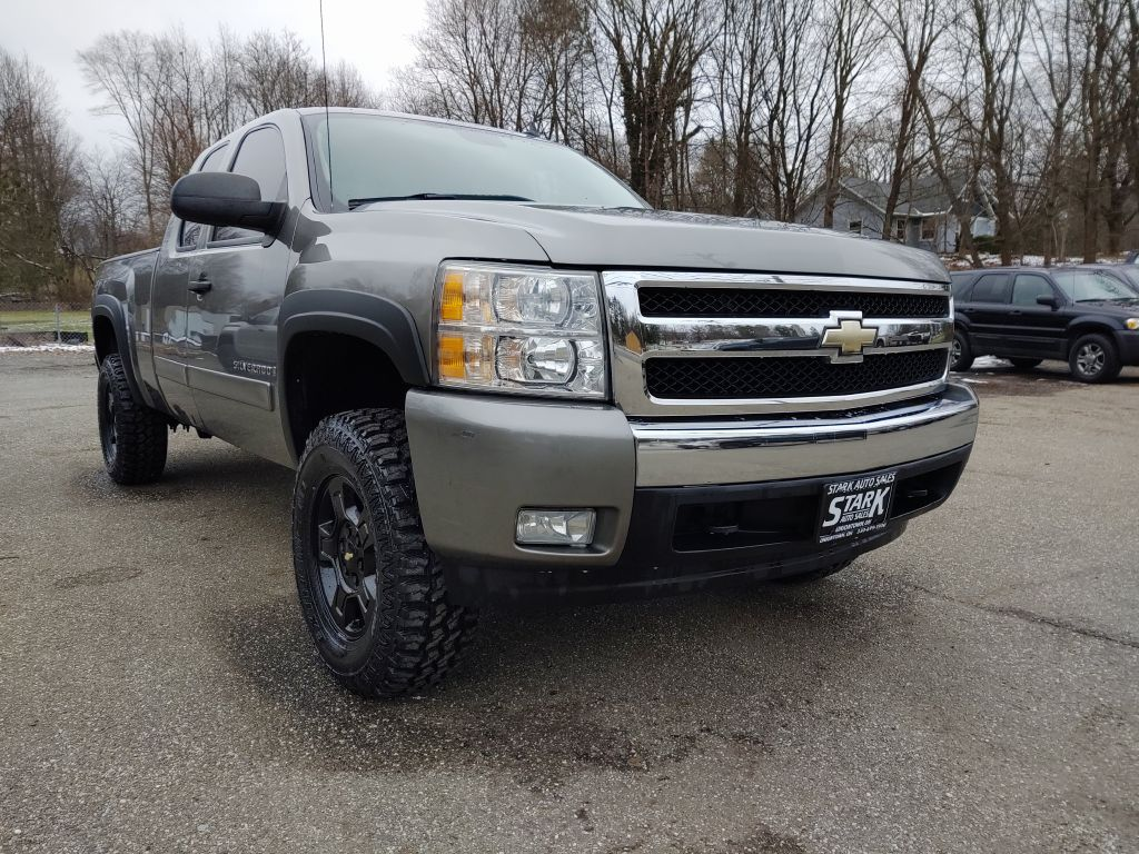 2007 CHEVROLET SILVERADO 1500  for sale at Stark Auto Sales
