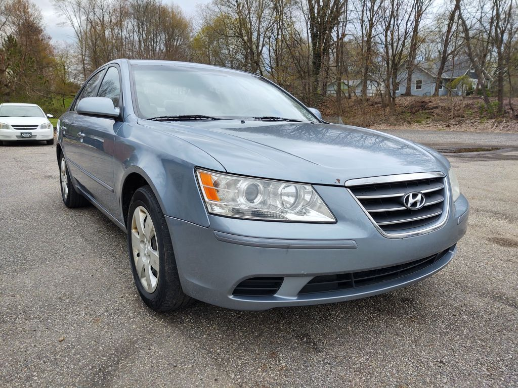 2009 HYUNDAI SONATA GLS for sale at Stark Auto Sales