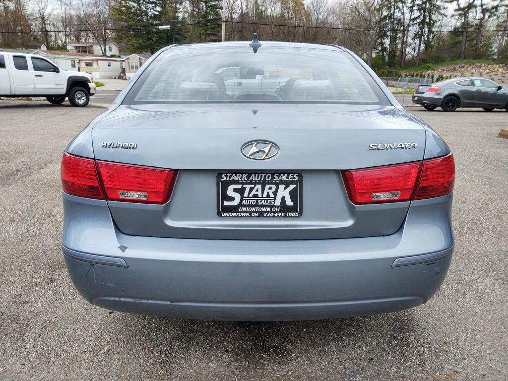 2009 HYUNDAI SONATA GLS for sale at Stark Auto Sales