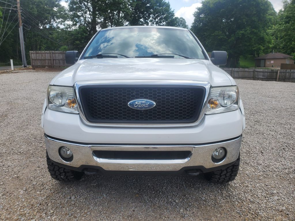 2007 FORD F150 SUPERCREW for sale at Stark Auto Sales