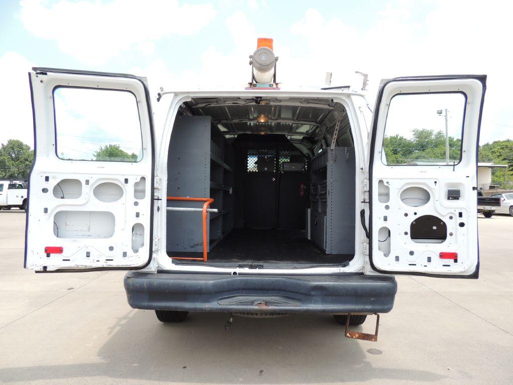 2009 FORD ECONOLINE E-250