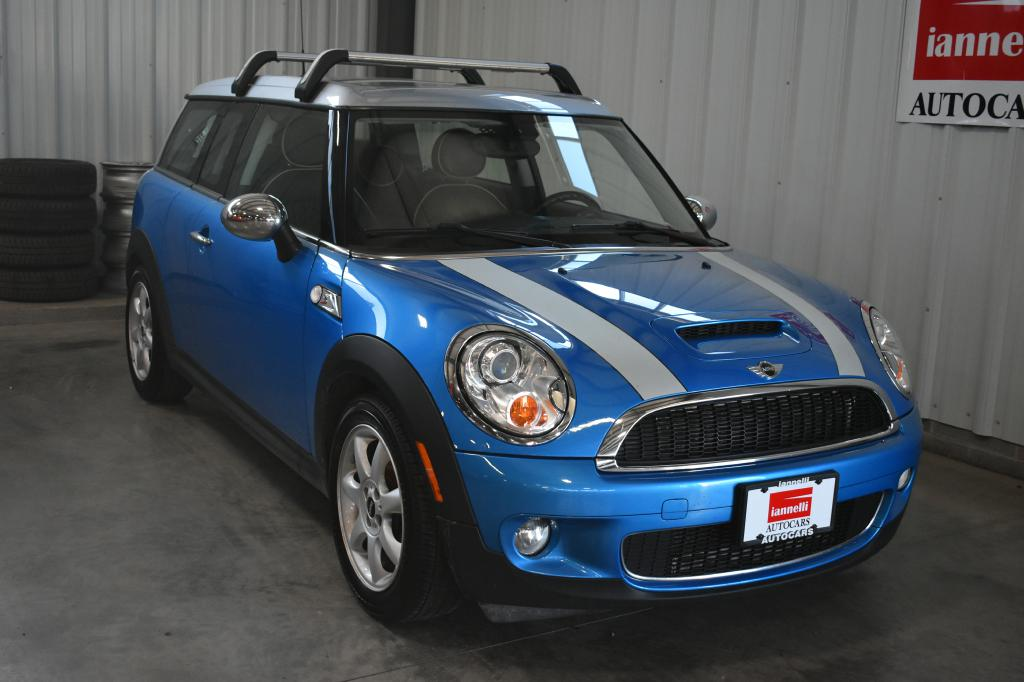 used 2009 mini cooper for sale at iannelli autocars used import car dealer in cleveland ohio. Black Bedroom Furniture Sets. Home Design Ideas