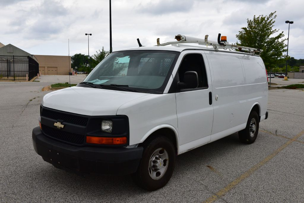 2006 CHEVROLET EXPRESS G2500  for sale in Eastlake, Ohio