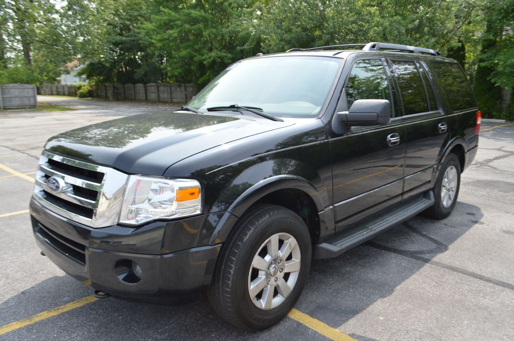 2010 FORD EXPEDITION XLT for sale in Eastlake, Ohio