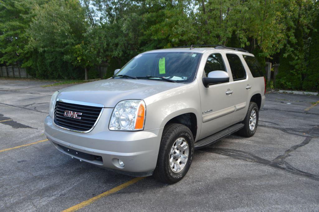 2007 GMC YUKON SLT for sale at TKP Auto Sales