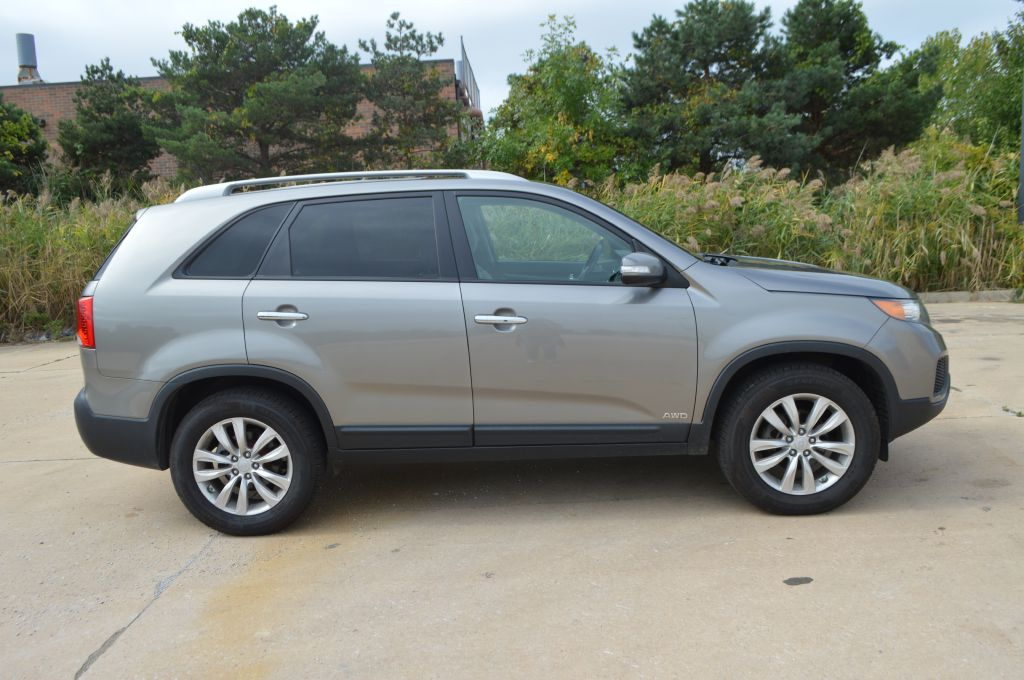 2011 KIA SORENTO BASE for sale at TKP Auto Sales