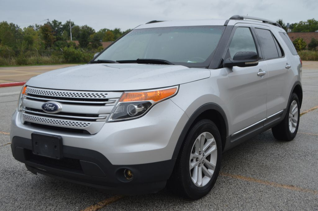 2013 FORD EXPLORER XLT for sale in Eastlake, Ohio
